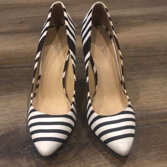 Black and white bold stripe shoes